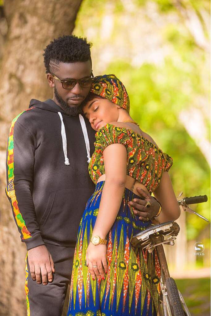 Forget Becca – Bisa Kdei Shows Off New Girlfriend