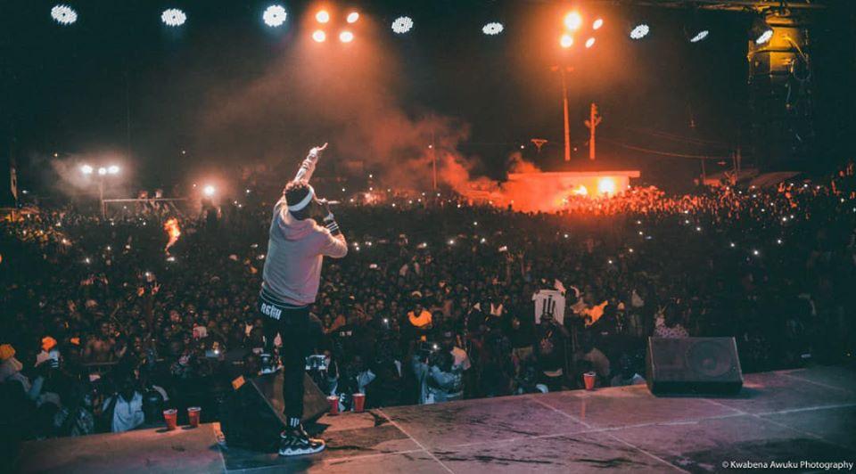 Massive Crowd Meets Shatta Wale, As He rocks Cape Coast 'Storm Reign Concert' ( Video+Pics )