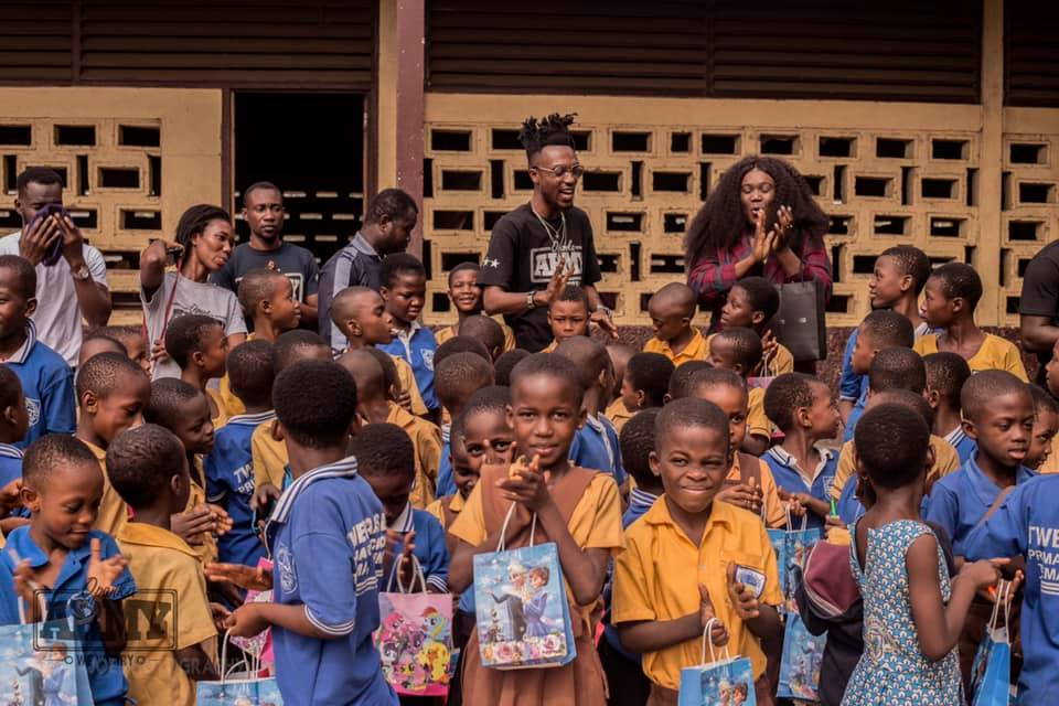"Opanka Celebrated Vals Day Yesterday With The Alma Mata ""Twedaase Primary"" Kids"